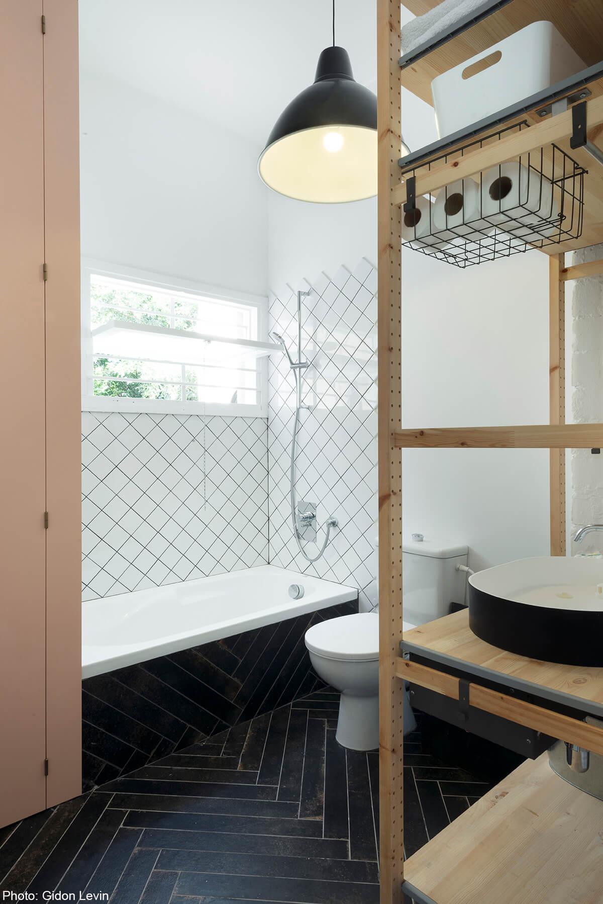 Bathroom in 100sqm apartment designed by Matka Studio